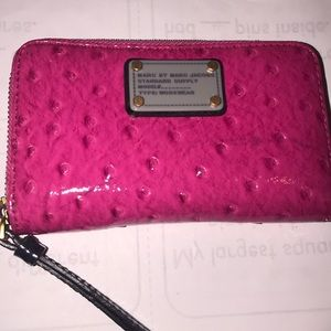 Marc and jacobs zipper wallet